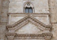 Främre fönster Castel Del Monte i Andria i sydostliga Italien Royaltyfria Foton