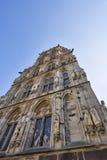 Främre fasad av Historisches Rathaus det historiska stadshuset arkivfoton