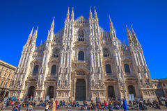 Främre fyrkantig Duomodomkyrka Royaltyfria Bilder