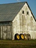 främre gummihjul för lantbrukarhem fyra Arkivbild
