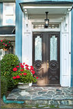 främre hus för dörr royaltyfri fotografi