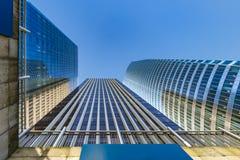 Främre kontor av moderna byggnader Arkivfoto