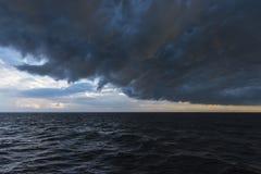 Främre passage på havet Polen Arkivbilder