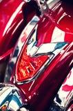 främre röd sparkcykel Fotografering för Bildbyråer