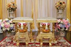 Främre sikt av bukettgarnering för thailändsk bröllopceremoni Arkivfoton