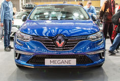 Främre sikt av den nya Renault Megane GT bilen på Belgrade bilshow Royaltyfria Foton