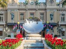 Främre sikt av kasinot de Monte - carlo, Monaco Arkivbilder