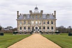 Främre sikt av landshuset av Kingston Lacy i Dorset Arkivfoto