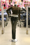 främre skyltdockalager för mode royaltyfria bilder