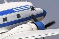 Främre slut DC-3 Royaltyfria Bilder