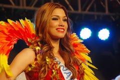 Fräulein Panama, das nationales Kostüm trägt Lizenzfreie Stockbilder
