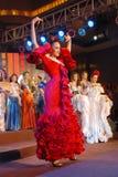Fräulein Spanien, das nationales Kostüm trägt Lizenzfreie Stockbilder