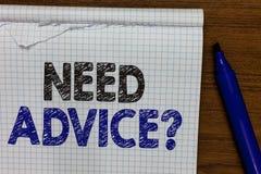 Fråga för rådgivning för behov för ordhandstiltext Affärsidé för som frågar någon, om han önskar rekommendationer eller väglednin royaltyfri foto