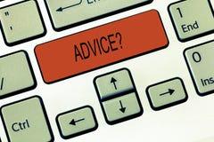 Fråga för rådgivning för ordhandstiltext Affärsidéen för Give rekommendation för hjälp för vägledningsservice frågar och experten royaltyfri bild