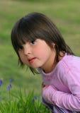 frågvis flicka little Arkivbild