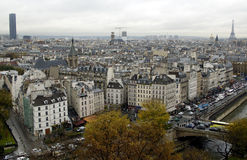 Från Eiffel till Montparnasse turnerar Royaltyfria Foton