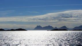 Från färjan i Lofoten Royaltyfri Foto
