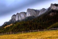 Från slätten till bergen Royaltyfri Fotografi