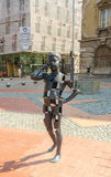 Från telefonstatyn i Timisoara Arkivfoton