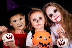 Frère et deux soeurs Halloween Images libres de droits