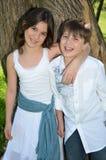Frère et soeur heureux Photo libre de droits