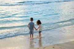 Frère et soeur Siblings Lifestyle Portrait Images libres de droits