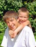Frères heureux Photo stock