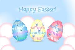 Fröhliche Ostern Ostereier auf einem blauen Hintergrund Stockfoto