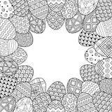 Fröhliche Ostern Runde Vignette von Schwarzweiss-Gekritzel-Ostereiern Malbuch für Erwachsene für entspannen sich und Meditation V stock abbildung