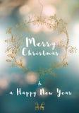 Fröhliche Weihnachtsbotschaft, goldener Kranz und weich Stockbild