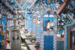 Fröhlicher Kirchhof in Sapanta, Rumänien stockbild