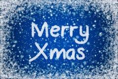 Fröhliches Weihnachten auf Weihnachtsblau-Hintergrund stock abbildung