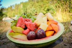 Früchte auf der Flussbank Stockfotos