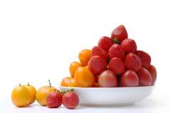 Früchte auf der Platte Stockbild