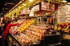 Früchte für Verkauf in einem localmarket Stockbilder