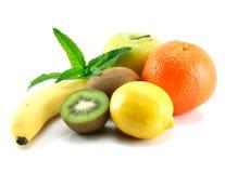 Früchte getrennt lizenzfreie stockbilder