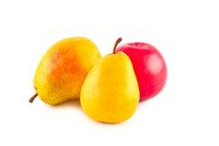 Früchte getrennt auf Weiß. Stockbild