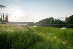 Früher Abend auf dem Fluss Lizenzfreies Stockbild