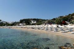 Früher Morgen des Lindos Strandes. Rhodos, Griechenland Lizenzfreie Stockfotografie