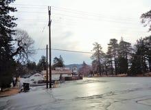 Früher Morgen in laufende Frühlinge nach dem Regen lizenzfreies stockbild