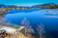 Früher Winter auf Mirror See - Lake Placid, NY Lizenzfreie Stockfotografie