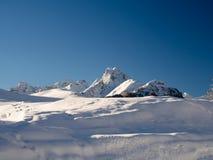 Früher Wintermorgen in den Schweizer Alpen Stockfotografie