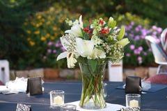 Frühjahr-Hochzeits-Blumenstrauß Stockbilder