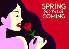 Frühling kommt das recht elegante Modemädchen, das Design-Vektorillustration der rosafarbenen Blume minimale flache riecht Stockbilder
