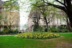 Frühling in Paris Stockbild