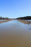 Frühlings-Überschwemmung von Fluss im Süden von Finnland Lizenzfreie Stockbilder