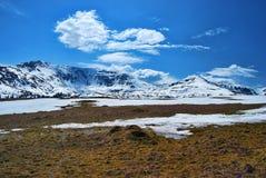 Frühlings-Berge Stockbild