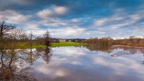 Frühlings-Flut nahe Attingham-Park in Shropshire stock footage