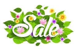 Frühlings-Verkaufs-Wort mit Schmetterlingen, Blättern und Blumen Lizenzfreie Stockbilder
