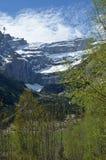 Frühlingsansicht des Berg-cirque de Gavarnie stockfoto